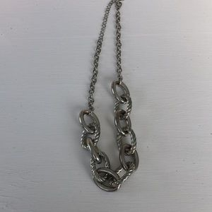 Jewelry - Super cool detailed chain link necklace